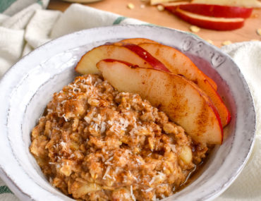 Cardamom Pear Fall Oatmeal Recipe in a Bowl